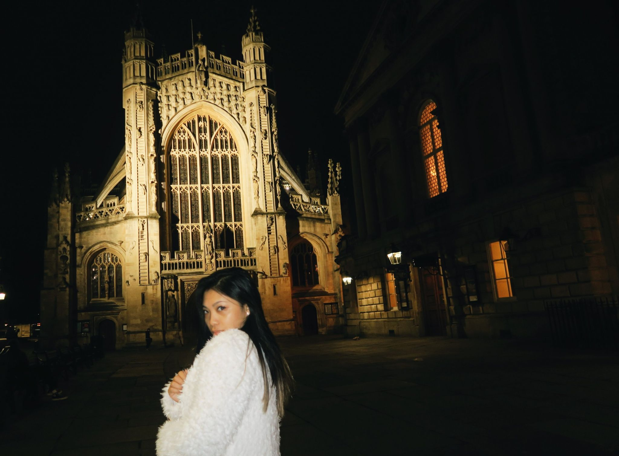 The  Bath Abbey was my go to spot since it was walking distance from the place where I stayed. Right next to it is the Roman Baths,  best preserved Roman remains in the world which was constructed around 70 AD as bathing site of Roman emperors.